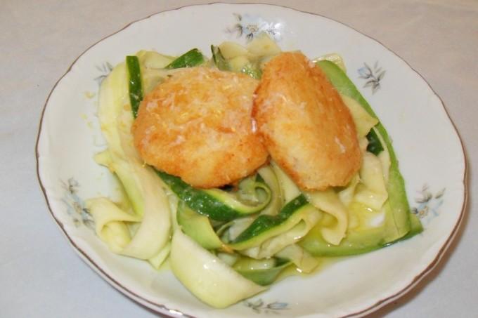 potato-cakes-w-zucchinni-noodles-006-1024x768