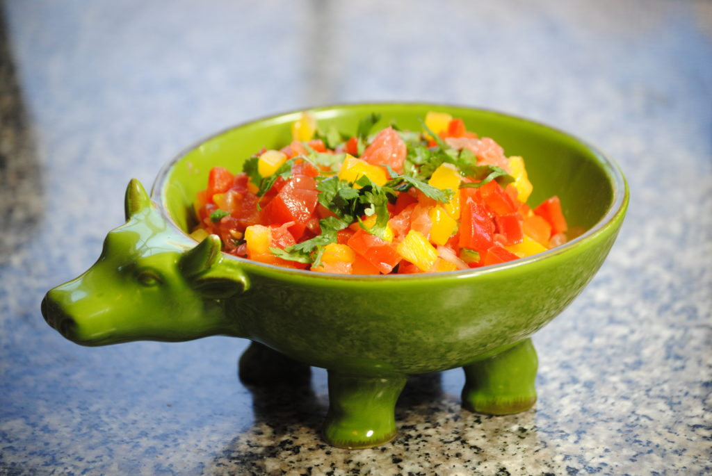 grapefruit salsa 002 1024x685 Grapefruit Chicken Fajitas with Texas Red Grapefruit Salsa uncategorized