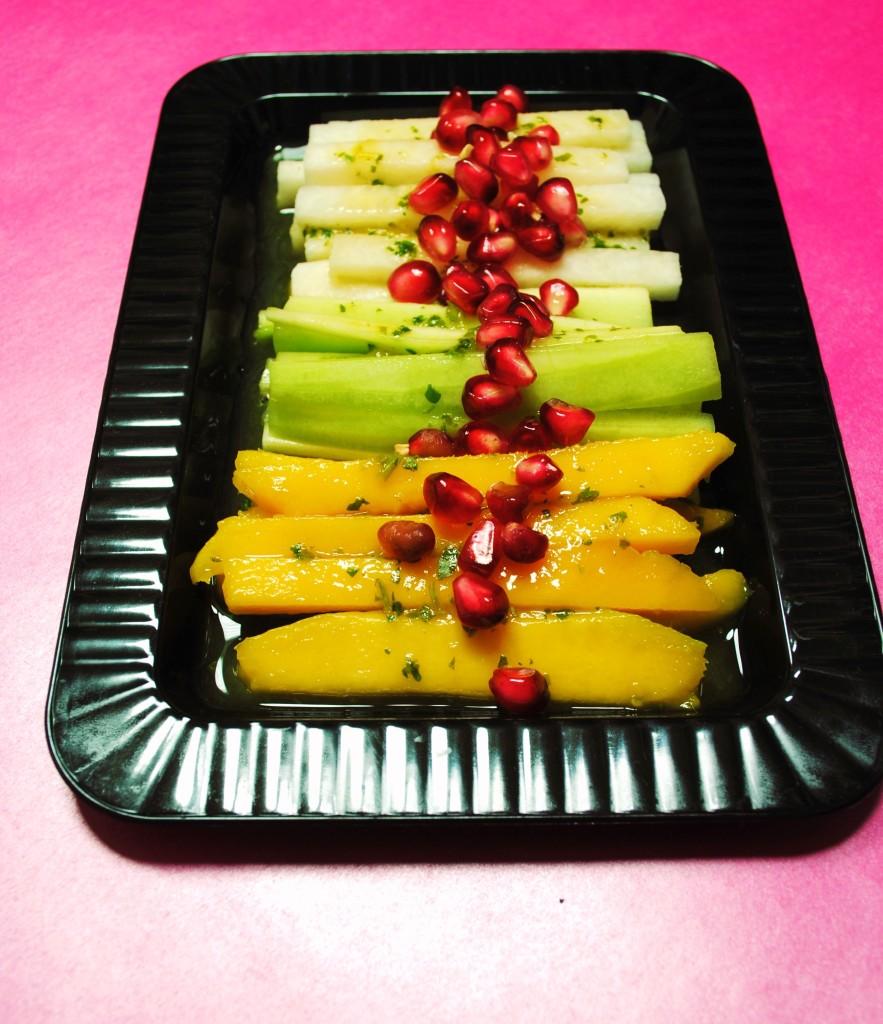mango jicama 010 883x1024 Ensalada de Jicama, Mango y Pepino  salads chuls gang appetizers