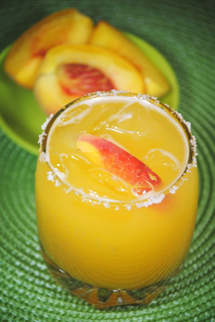peach margarita 018 685x1024 Peach Margarita   fruit margaritas beverages