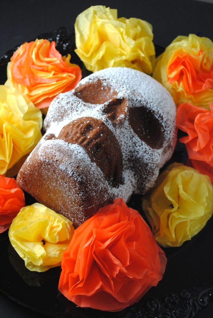 dia de los muertos 013 685x1024 Dia de Los Muertos   Chocolate Skull Cake mexican day of the dead baked goods