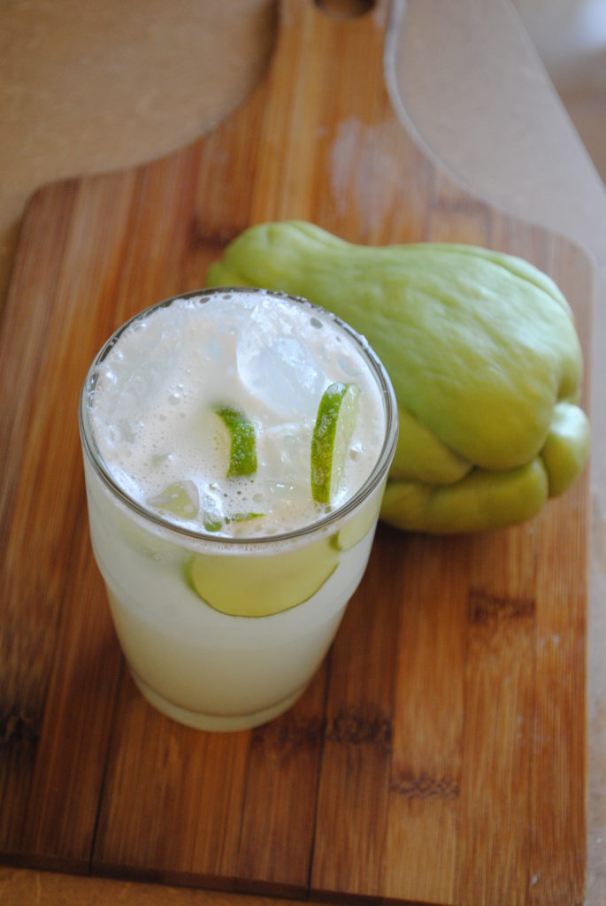 AGUA DE CHAYOTE 002 685x1024 Agua de Chayote vegetarian recipes mexican drinks aguas frescas
