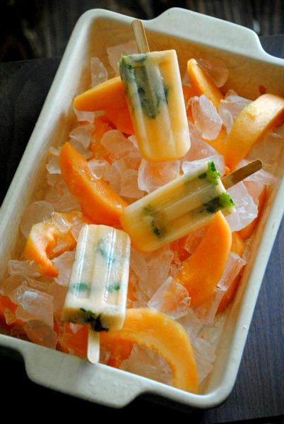 paletas de melon, cantaloupe pops 001~1