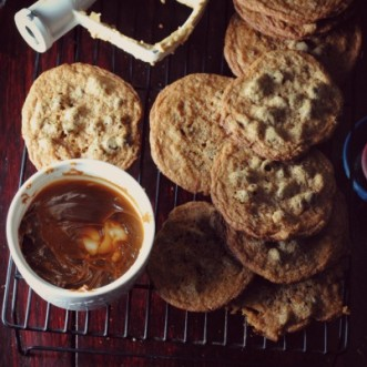 Dulce de Leche Chocolate Chip Cookies