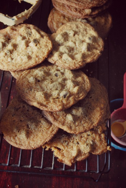 chocolate chips cookies, dulce de leche