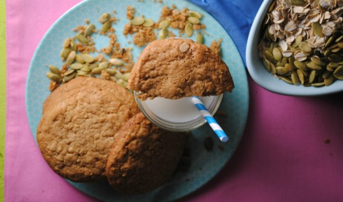 Oatmeal Pepita Butter Cookies – Galletas de Avena y mantequilla de Pepita  {Giveaway}
