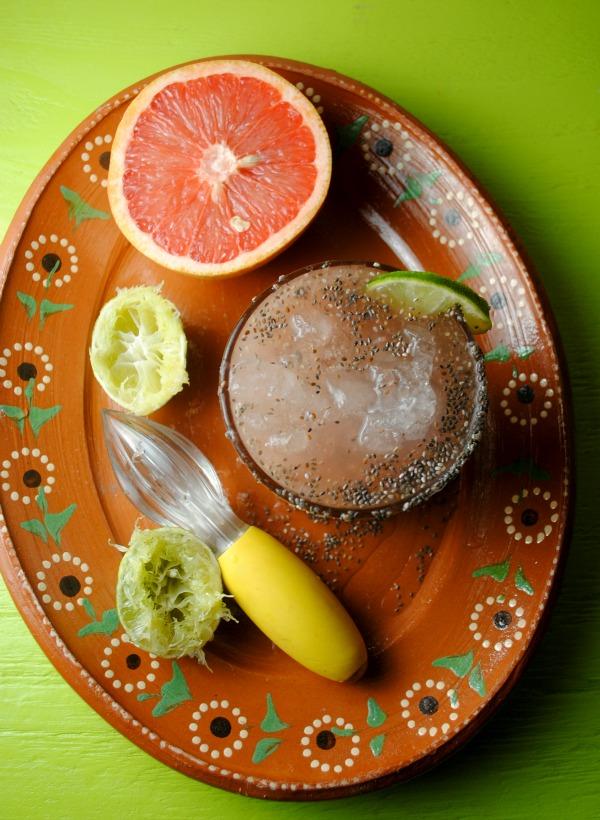 Agua de toronja Chia VianneyRodriguez Agua Fresca de Toronja con Chia mexican breakfasts beverages