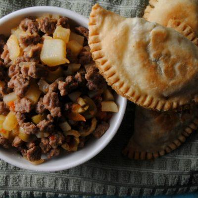 Turkey Picadillo Empanadas – Empanadas de Picadillo de Pavo