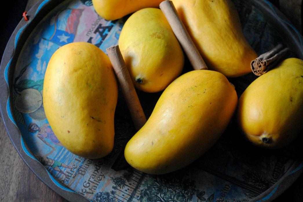 Mango Cocktail from sweetlifebake.com