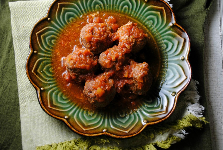 Albondigas-con-chipotle-meatballs-VianneyRodriguez