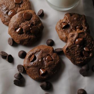 chocolate-cherry-cookies-VianneyRodriguez