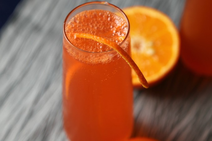 Campari-Orange-Sparkling-Cocktail-VianneyRodriguez