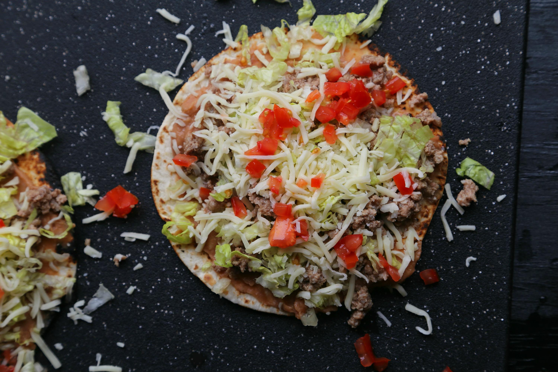 mexican-pizza-easy-VianneyRodriguez-sweetlifebake