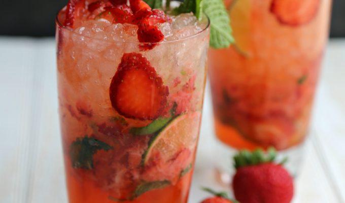 Sparkling Strawberry Mojito
