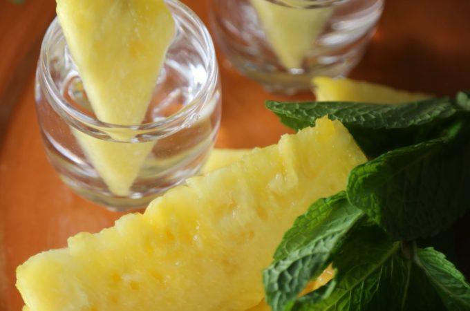 pineapple-infused-vodka-recipe-vianneyrodriguez-sweetlifebake