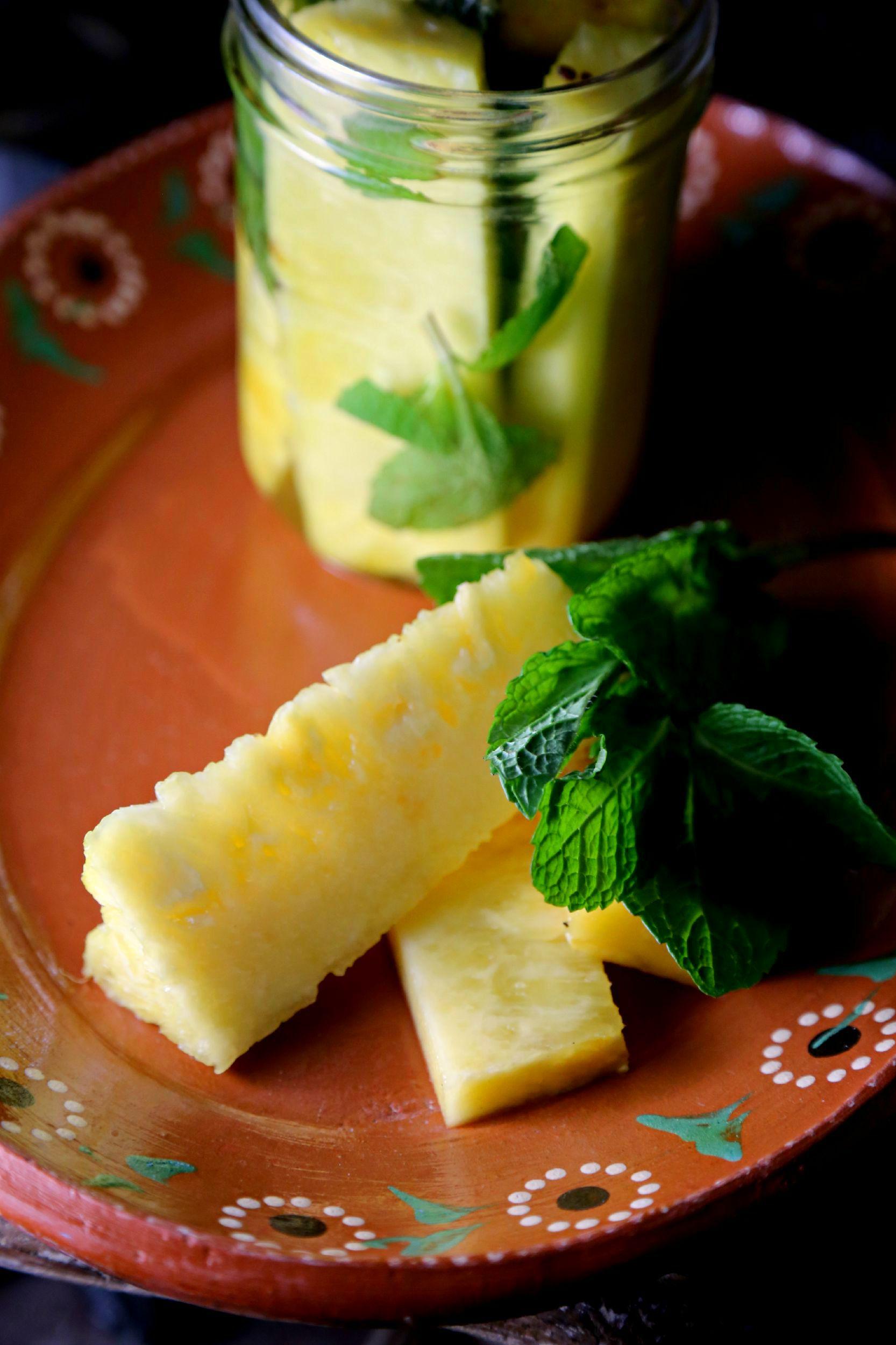 pineapple-mint-infused-vodka-vianneyrodriguez-sweetlifebake