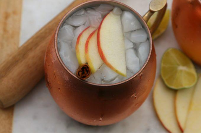 apple-cinnamon-moscow-mule-cocktail-vianneyrodriguez-sweetlifebake