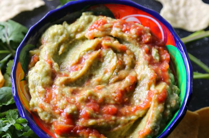 spicy-avocado-hummus-vianneyrodriguez-sweetlifebake