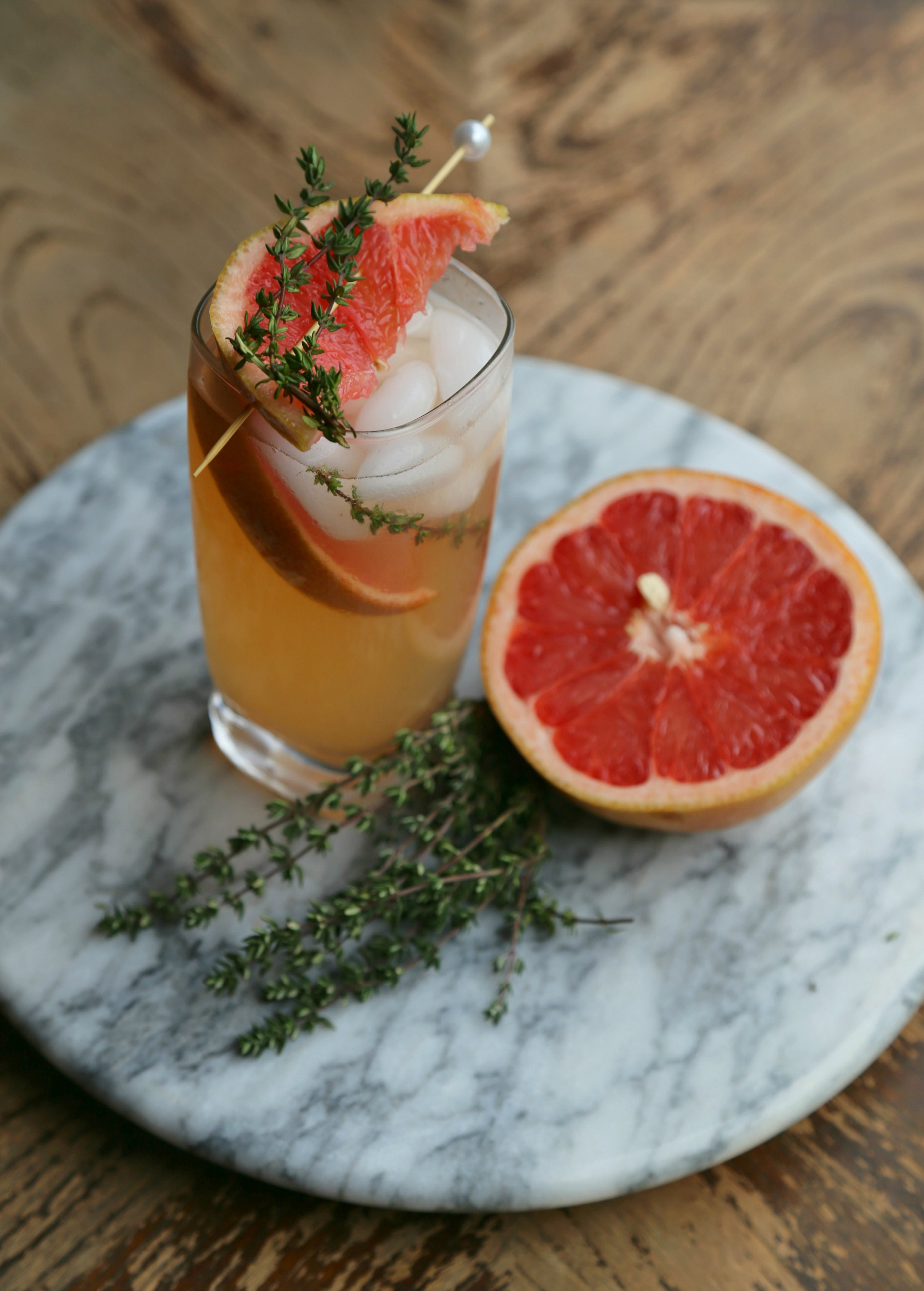 Thyme Grapefruit Mocktail Infused Simple Syrup Vianneyrodriguez ...