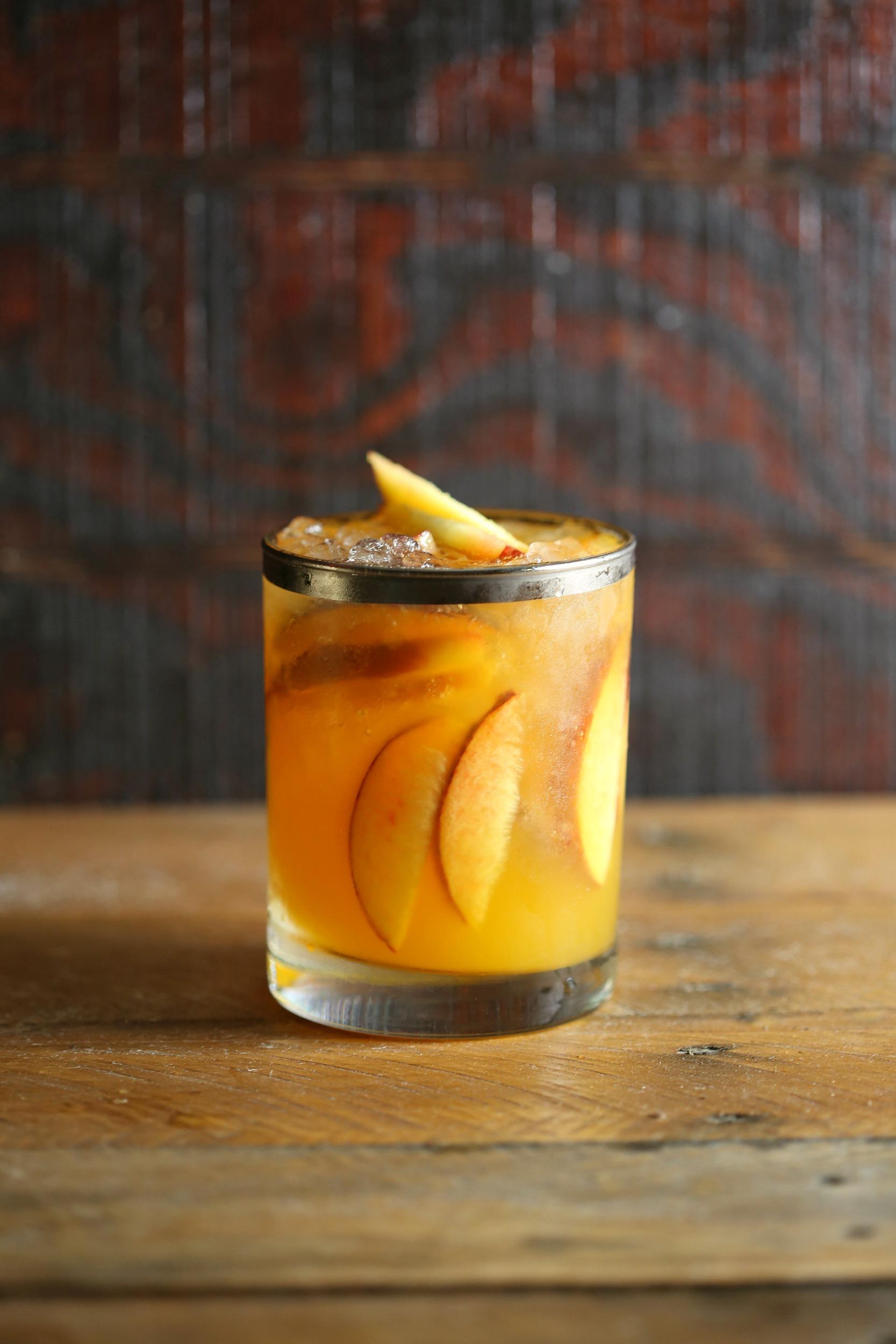 the-peach-belmont-jewel-vianneyrodriguez-sweetlifebake