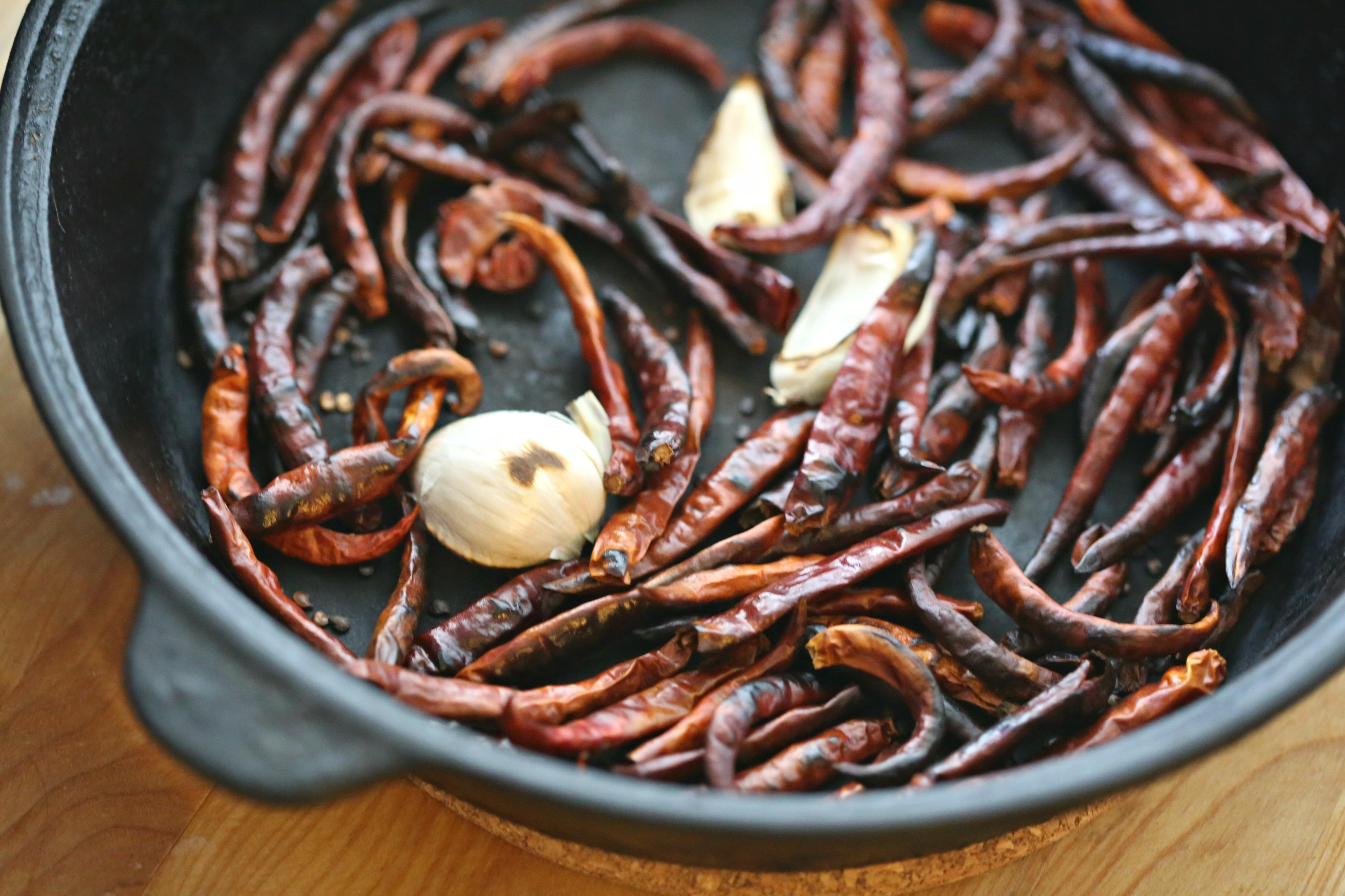 toasted-chile-de-arbol-salsa-vianneyrodriguez-sweetlifebake