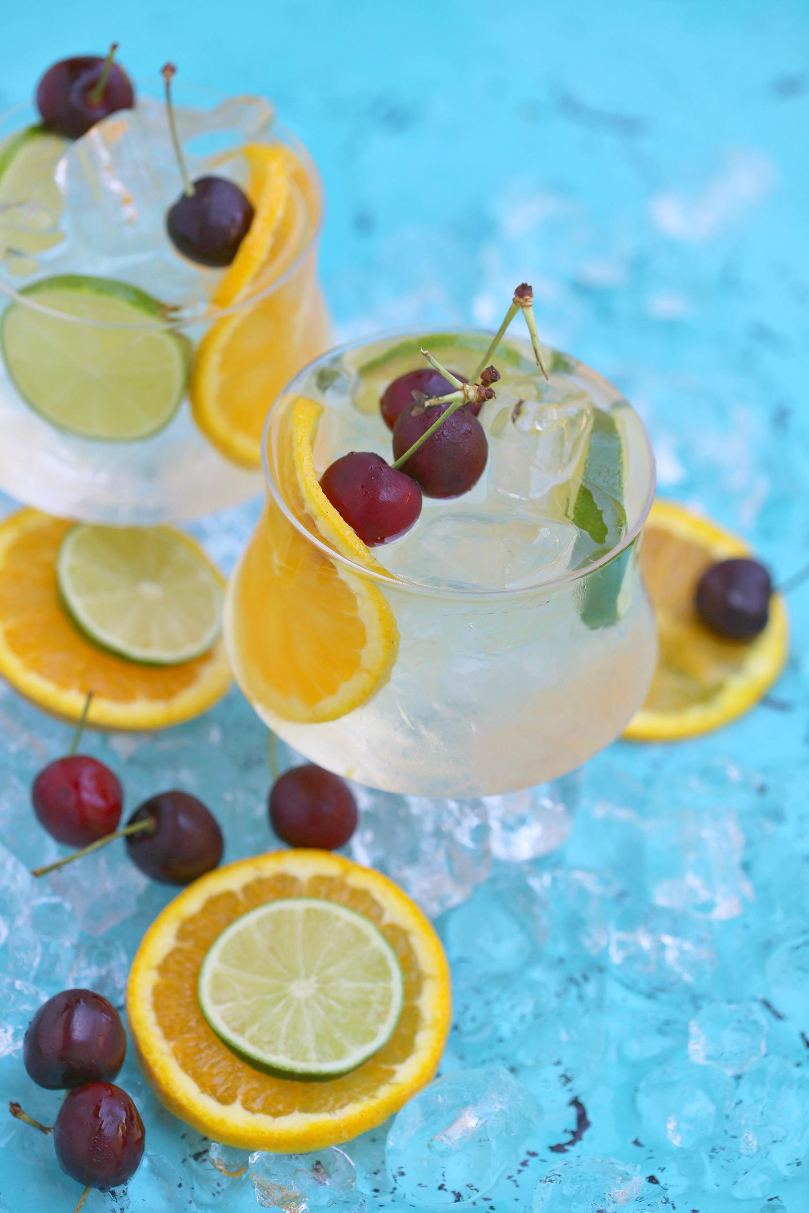 coconut-citrus-sangria-cocktail-vianneyrodriguez-sweetlifebake