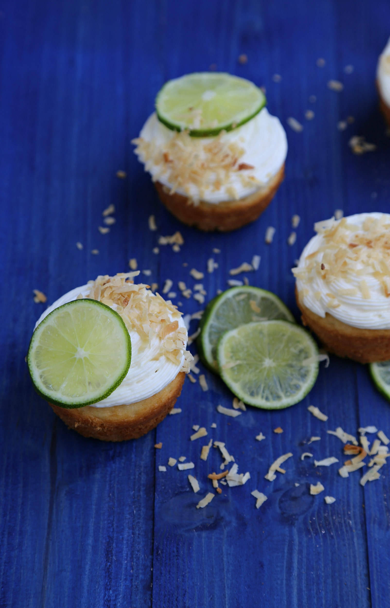 Coconut Lime Cupcakes - Sweet Life