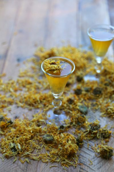How to make Marigold Infused Wine