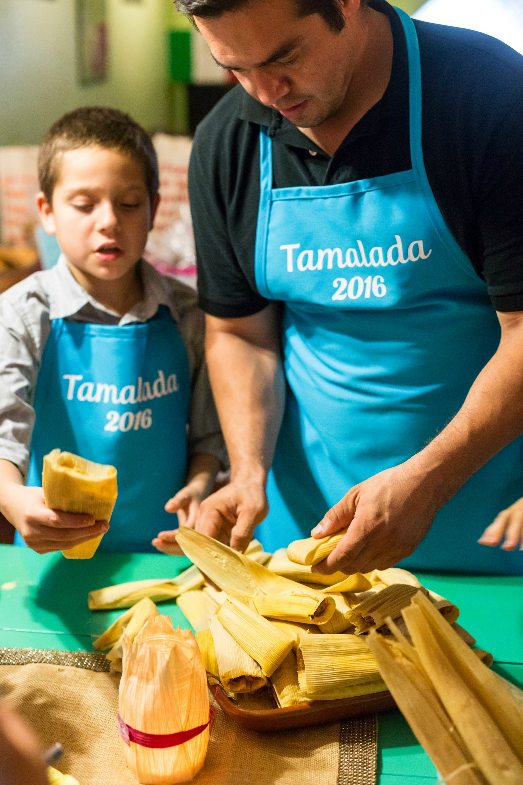 how-to-host-a-tamalada-with-kids-tamales-vianneyrodriguez-sweetlifebake