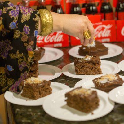 Coca-Cola Cake – Selena Week