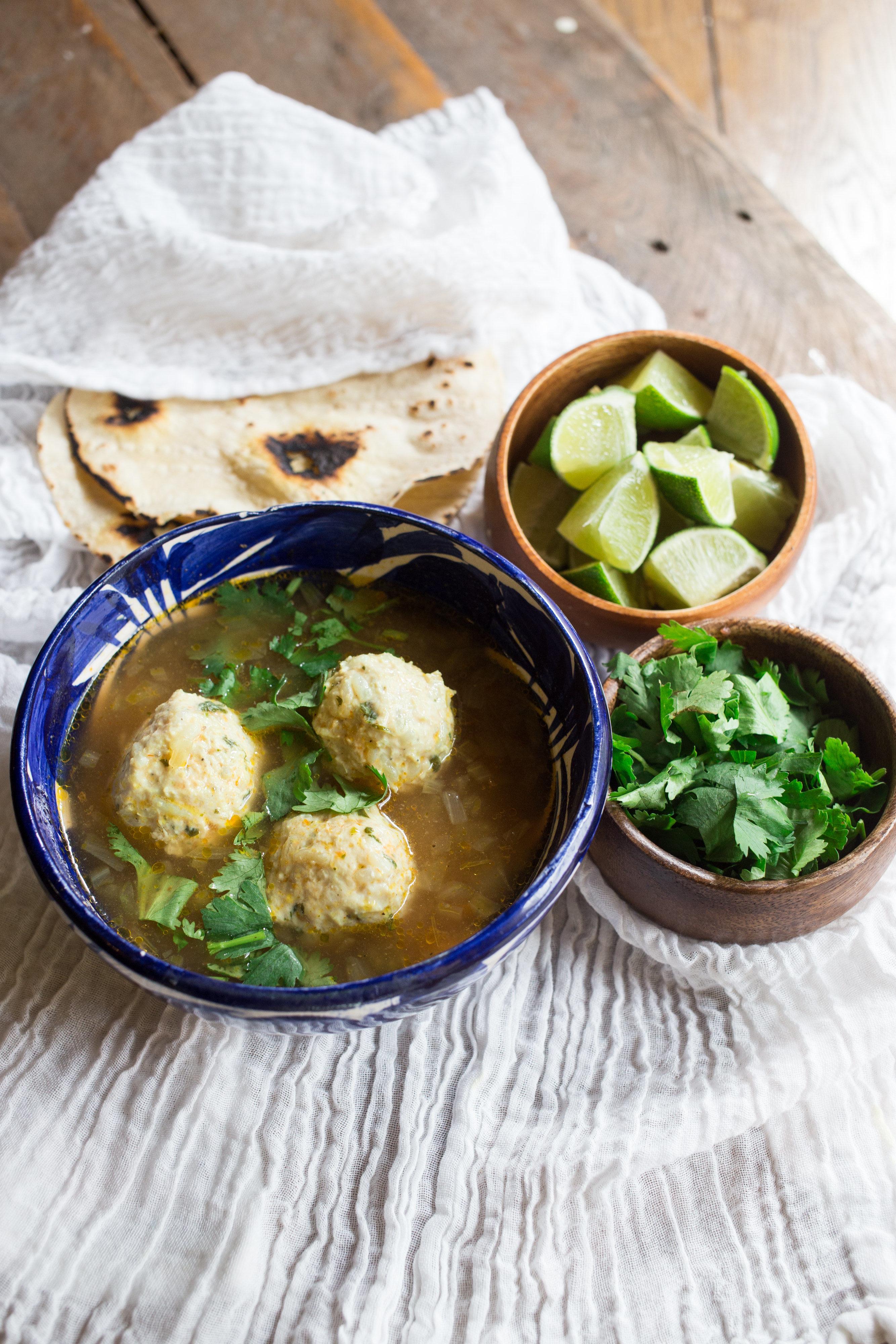 Mexican-Chicken-Meatball-Soup-Sopa-de-albondigas-de-pollo-vianneyrodriguez-sweetlifebake