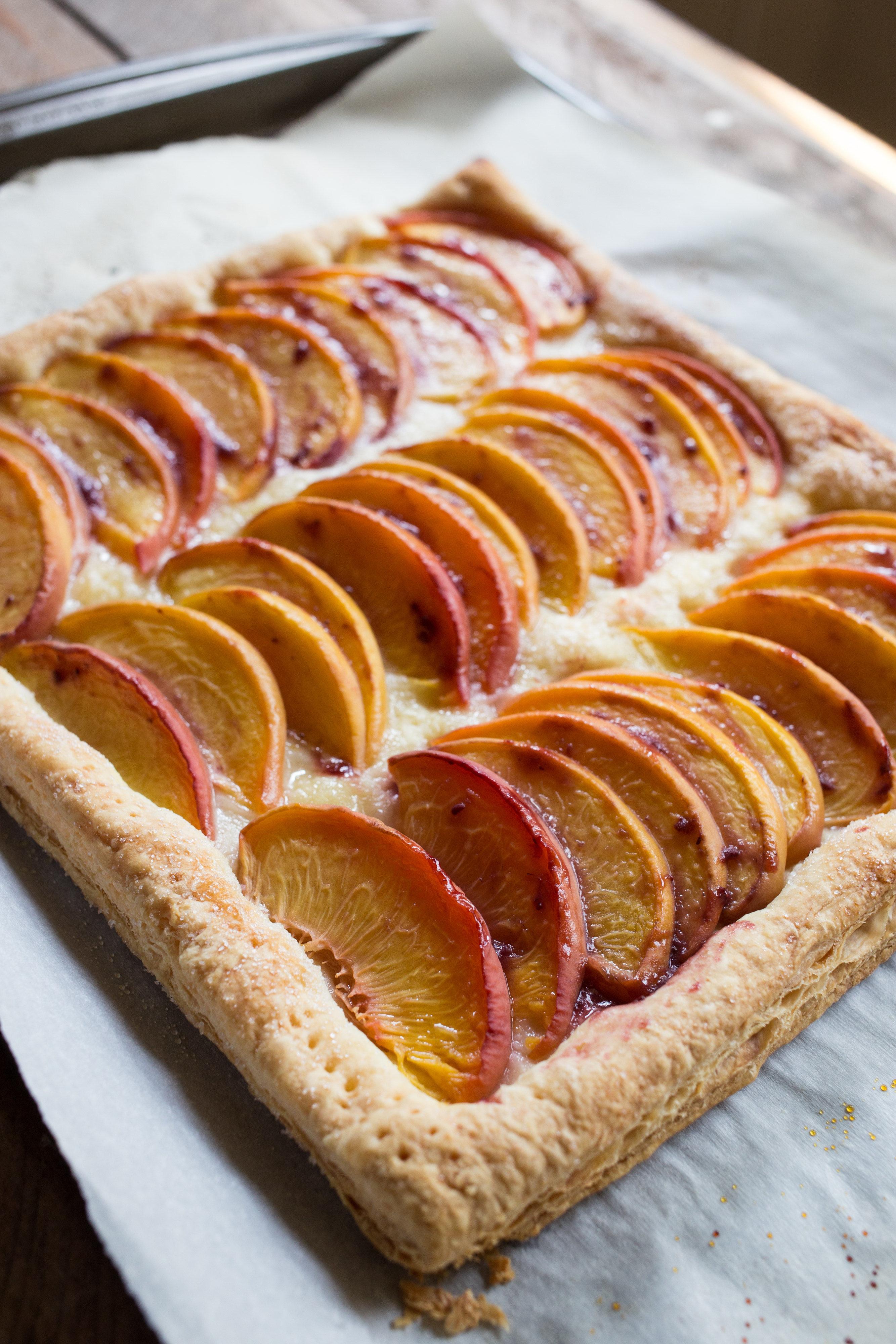 easy-Fresh-Peach-Tart-vianneyrodriguez-sweetlifebake