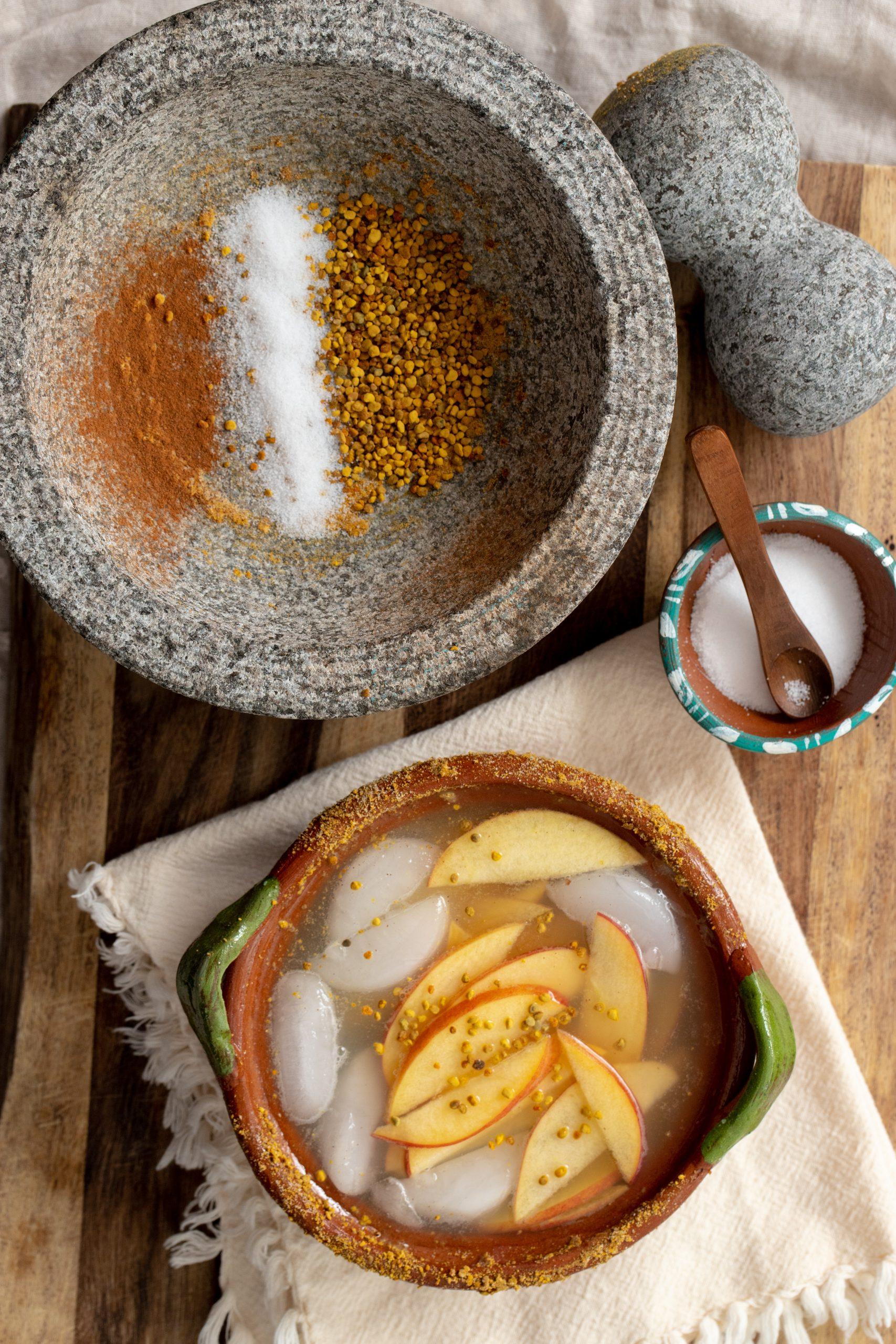 Cazuela Apple Honey Margarita