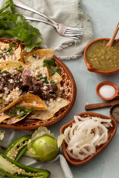 Chilaquiles Verdes with carne asada