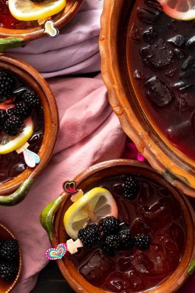 easy blackberry sangria cocktail recipe