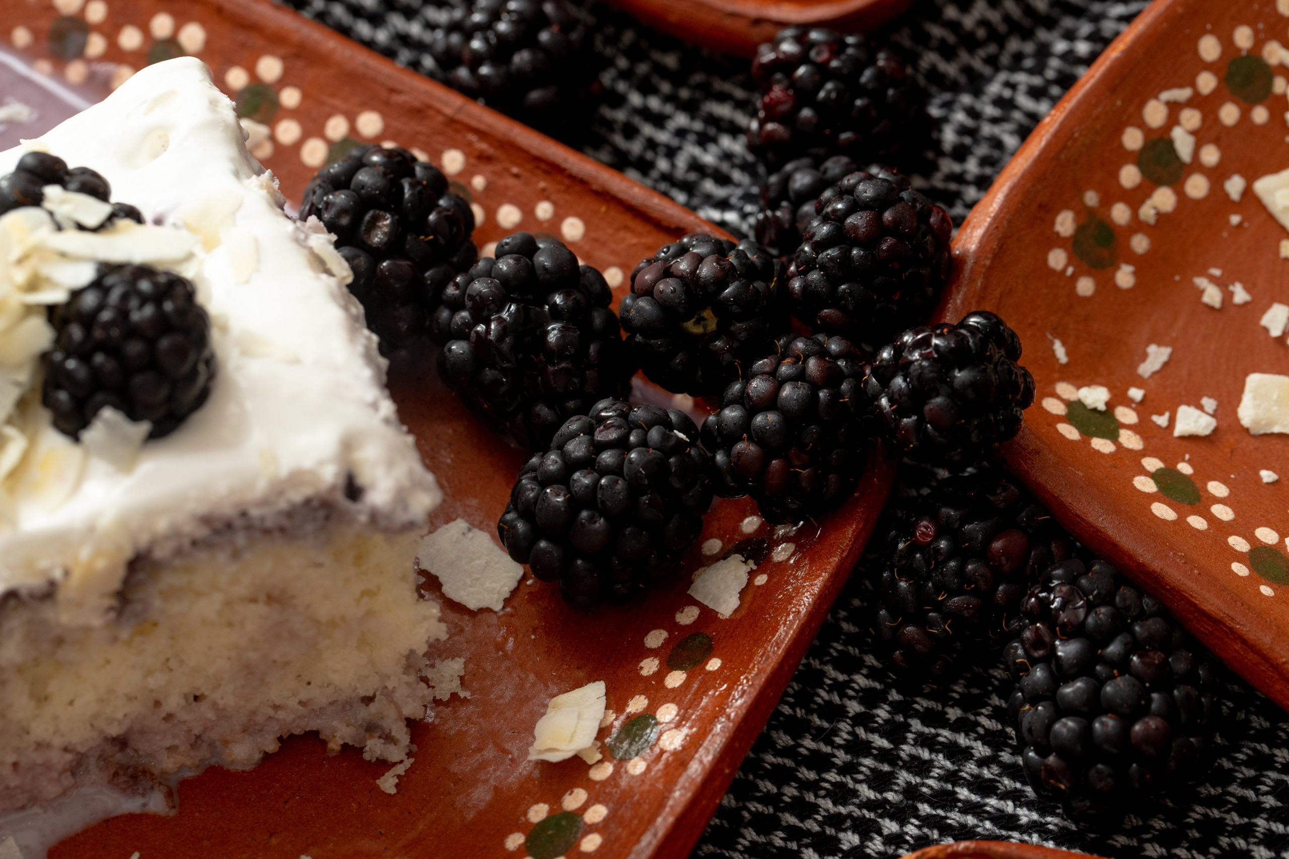 using frozen berries to make a tres leches cake
