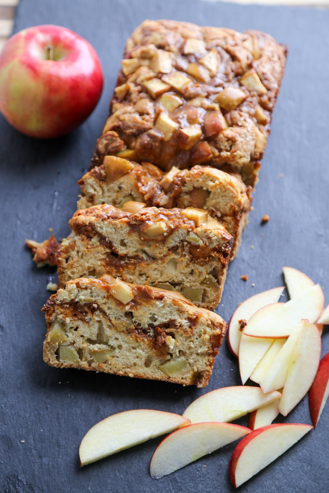 how to make apple dulce de leche bread